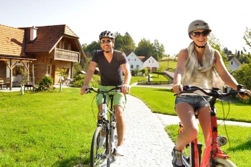 Radfahrer auf dem R11 im Südburgenland